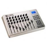 MIDI контроллер M-Audio UC-33e USB